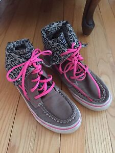 Girls Sperry topsiders -- size 4