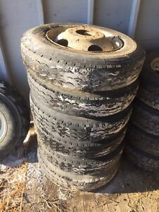 Michelin X 8 R 19.5 XZA Heavy Duty Tires w/ Rims GMC/Chevy $400