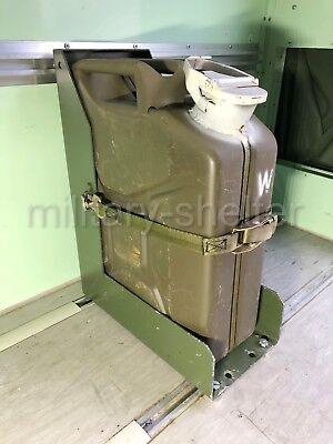 Kanister Einheit (Kanisterhalter 20 Liter mit Wasserkanister/ Bundeswehr / Einheitskanister kompl.)