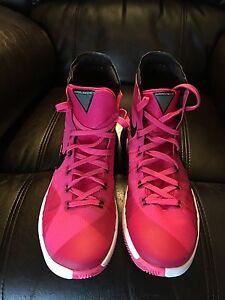 NEW Price Nike Hyperdunks brand new size 8 men's  St. John's Newfoundland image 1
