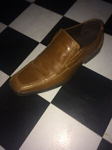 Men's size 10 dress shoes