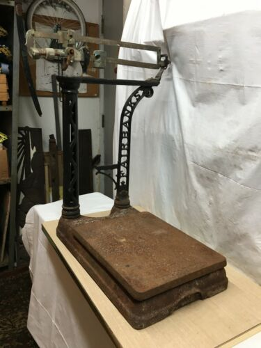 Vintage Cast Iron Fairbanks 250lb Scale No Weights Platform Stand General Store
