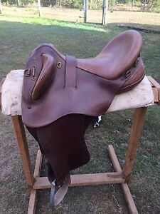Bates Kimberley Swinging Fender Cair Cushion - Horse Saddle Goomboorian Gympie Area Preview