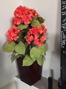 Fake decor flower and pot