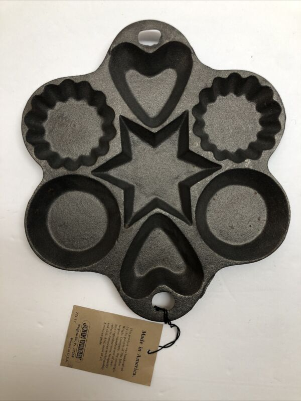 JW John Wright Cast Iron Muffin Pan Hearts and Star Fluted Tart New With Tags