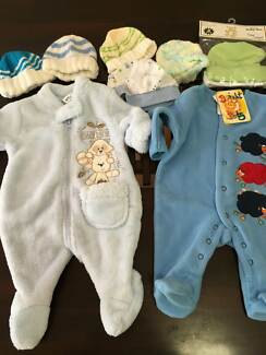 NEW baby boy clothes size 0000
