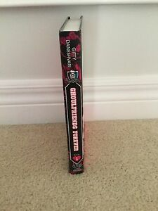 Monster high ghoulfriends forever book