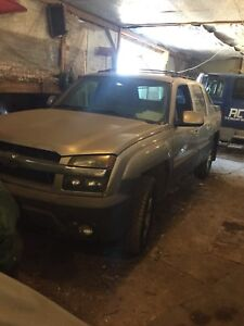 2004 Chevrolet Avalanche REDUCED PRICE 4x4