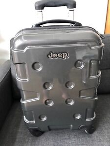 941da7f2caf Small 4 wheeler suitcase hard outer shell Jeep weighs 2.4kg ...