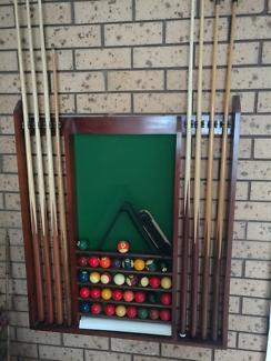 Billiard/snooker table
