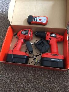 Wireless drill set