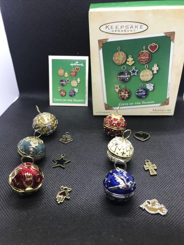 2002 Hallmark Keepsake Gifts Of The Season Miniature Ornaments W/ Charms