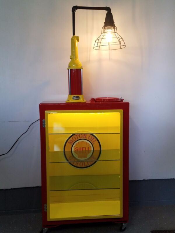 Oil lubester cabinet