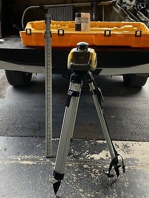 New Spectra Ll100 Laser Level Package Tripod 15 Rod New Receiver Included