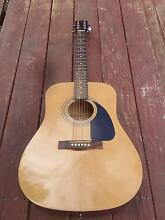 beautiful fender acoustic guitar and classic yamaha Shepparton Shepparton City Preview