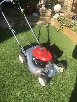 Honda IZY Self Propelled ( No Pushing Just Walk Behind It !) Lawn Mower