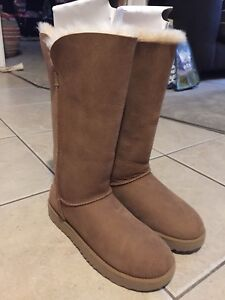 UGG boots. Super clean!