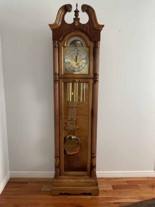 Beautiful Howard Miller Millennium Edition Model 610-820 Grandfather Floor Clock