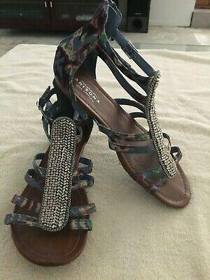Arizona Jean Company Back Zip Gladiator Flat Sandals Women's Size 7 1/2 Gladiator Sandals Jeans