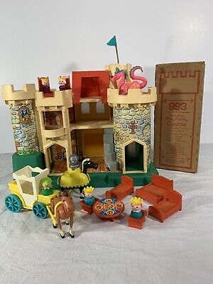 Vintage Fisher Price Little People Play Family Castle 993 | 100% Complete! Nice!