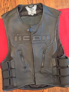 *ICON RIDING VEST USED FOR 1 SEASON*