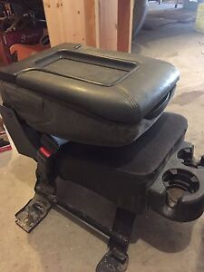 Chev / GMC front jump seat