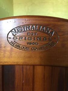 Australiana Heirloom Collection Baby Cot