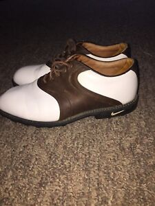 Men's leather Nike golf shoes 10W