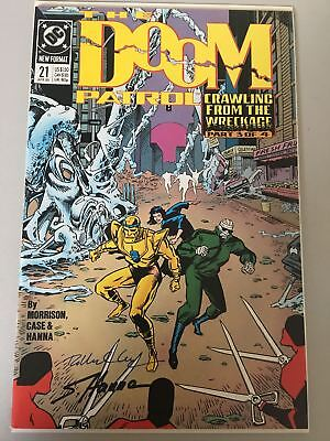 Doom Patrol (1987 2nd Series) #21 Signed by Richard Case and Scott Hanna VF Very