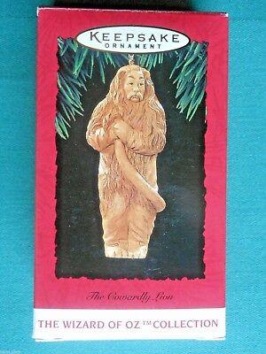 HALLMARK 1994 The Cowardly Lion WIZARD OF OZ Collection CHRISTMAS ORNAMENT-EUC