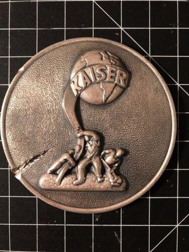 Kaiser Car Badge