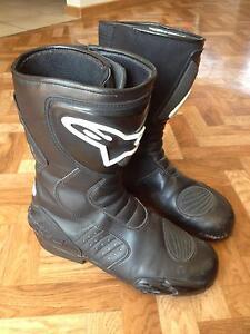 Alpinestar motorbike boots Size 44 Lara Outer Geelong Preview