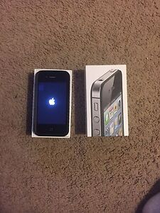 Selling Black Rogers iPhone 4s 16GB
