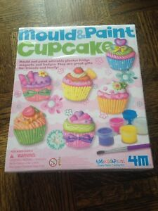 Brand New - Mould & Paint Cupcake