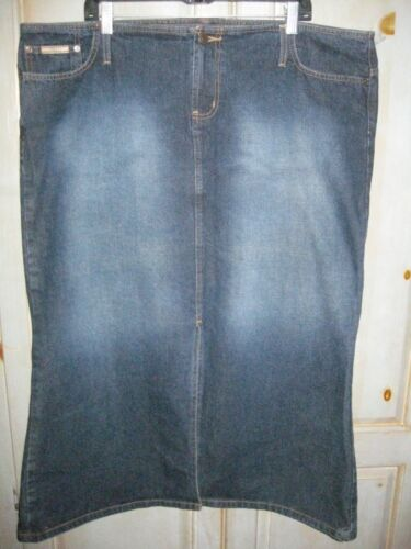 "Dark Blue Wash Denim l.e.i Femm-e Faded Skirt Zipper Plus Size 26W 45"" W x 36"" L"