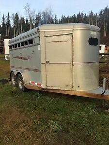 1999 Southland three horse angle haul Prince George British Columbia image 1