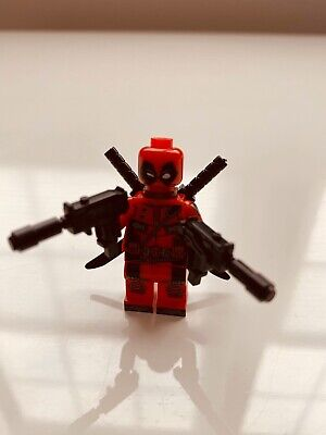 Deadpool Custom Lego Minifigure - Double Uzi with installed silencers - NEW