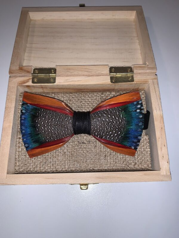 Brackish Mill Pond Pheasant, Guinea, & Peacock Feather Bowtie *NEW IN BOX*