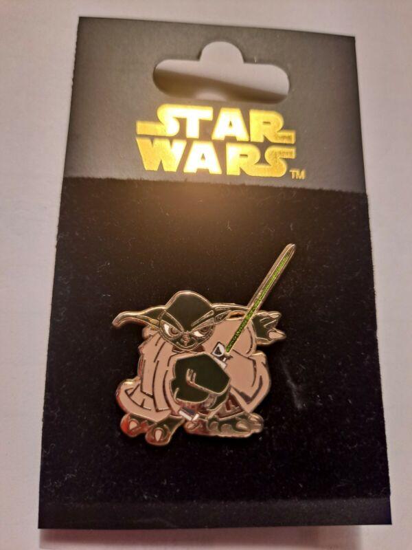 Disney Pin Star Wars - Yoda - Cartoon Style. Brand New on Original Card