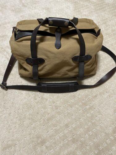 Filson Duffle Bag Dark Tan Small Rugged Twill Bridle Leather