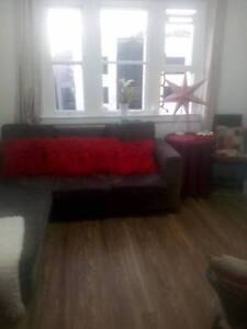 Room share by night ,welcome backpackers girls  ,1 block Edgeclif Edgecliff Eastern Suburbs Preview