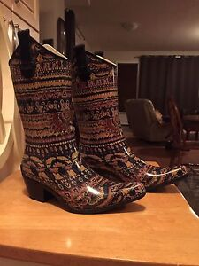 Cowboy Boot Style Rubber Boots