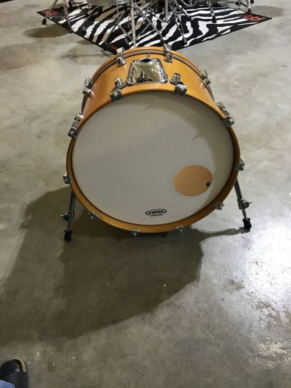 "Mapex Saturn Pro 20"" X 14"" Bass Drum"