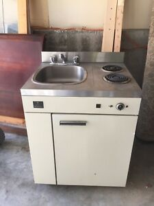 Combos stove, fridge, sink for space saver