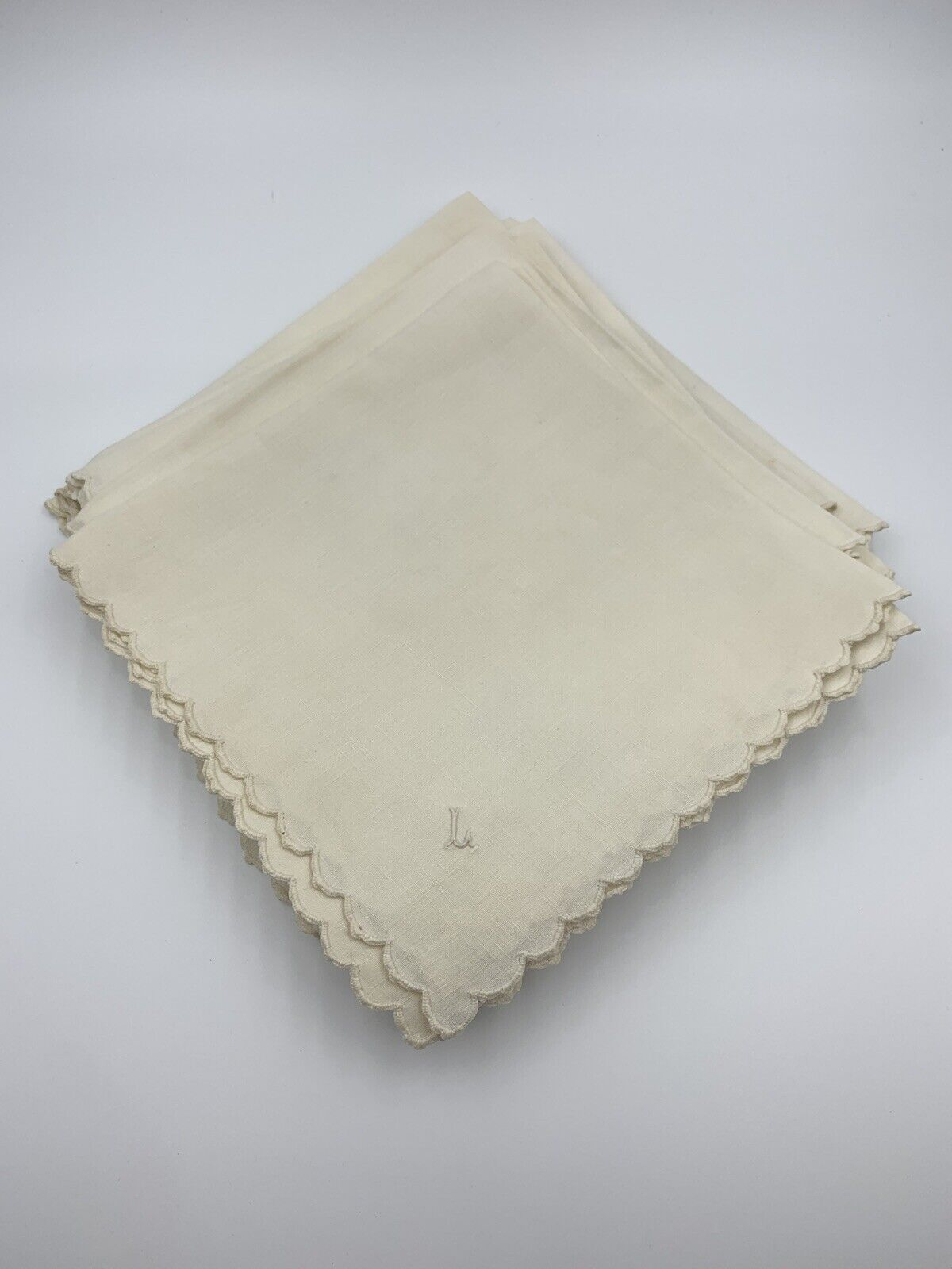 Vintage Linen Dinner Napkins L Monogram Set of Twelve Scallo