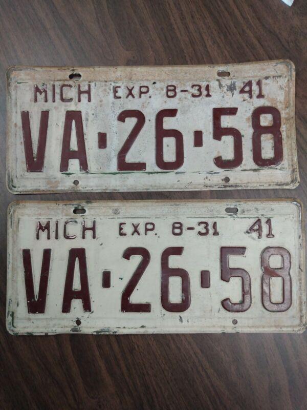 1941 Michigan License Plate Matching Set #VA 26 58