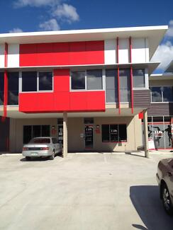 Large 5 x Desk Office Space for Lease - Banyo