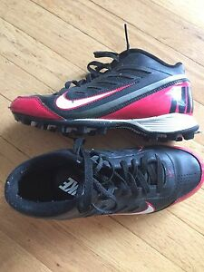 Football Cleats 7 1/2