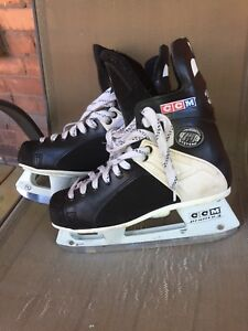 CCM 159 Tacks Hockey Skates