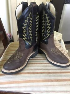 Kids 8-9 Old west cowboy boots